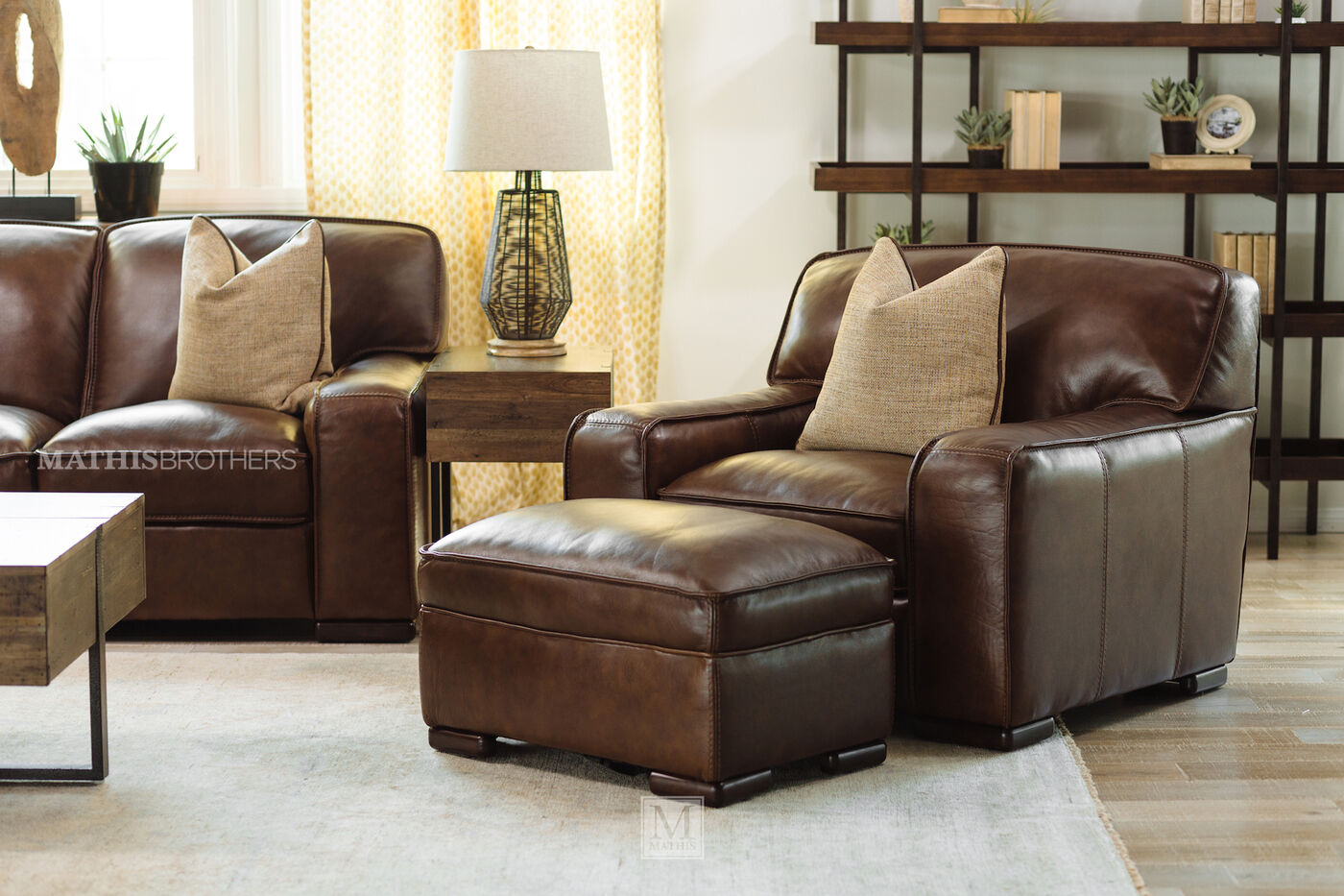 Traditional 31 Quot Leather Ottoman In Brown Mathis Brothers