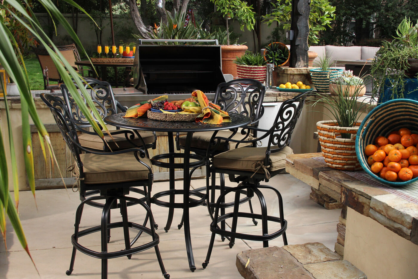 lattice patterned aluminum round bar table in black mathis brothers furniture. Black Bedroom Furniture Sets. Home Design Ideas