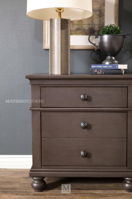 Three-Piece Transitional Storage Bedroom Set in Peppercorn