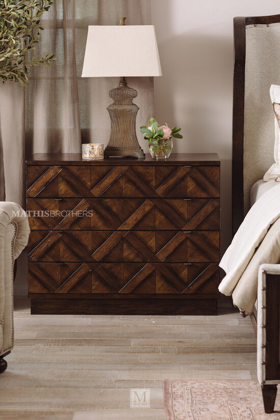 """34"""" Casual Four-Drawer Bachelor's Chest in Walnut"""