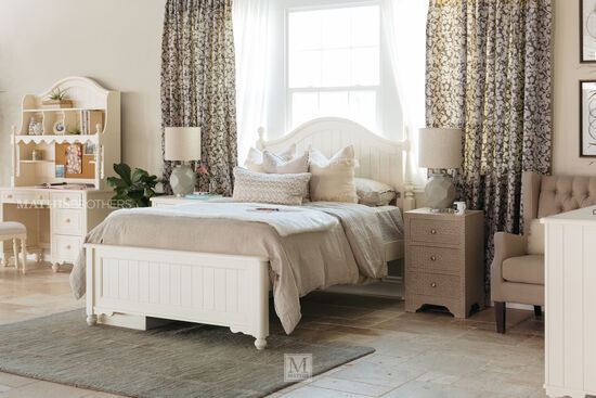 Legacy Summerset Twin Poster Bed