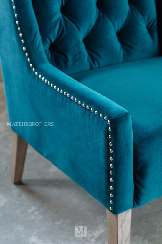 Tufted Casual Velvet Accent Chair in Blue