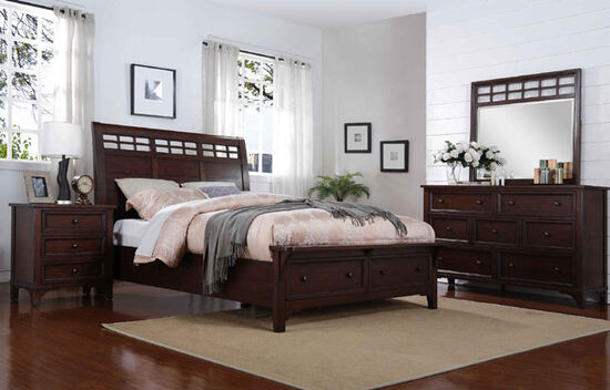 "28.5"" Traditional Three-Drawer Bedroom Nightstand in Rich Brown"