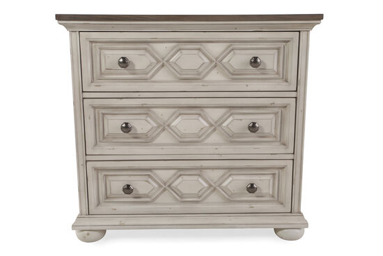 "31.5"" Three-Drawer Traditional Bachelor Chest in Vintage White"