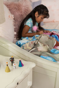 Disney 4-Piece Frozen Figure Set