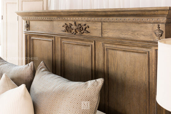 "70"" Traditional Panel Bed with USB Port in Light Aged Oak"