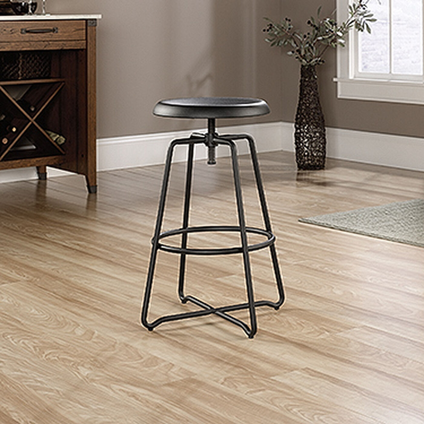 Traditional 24 Quot Counter Height Stool In Black Mathis