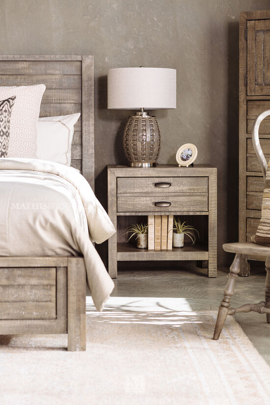 "29"" Casual One-Drawer Nightstand in River Rock"