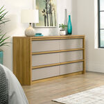 "31"" Traditional Four-Drawer Dresser in Pale Oak"