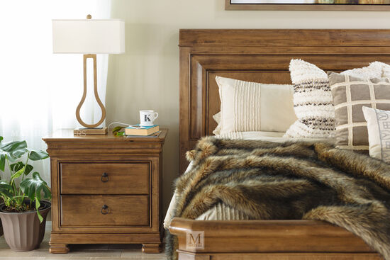 """31"""" Traditional Two-Drawer Nightstandin Brown"""