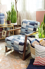 """Patterned Casual 28"""" Accent Chair"""
