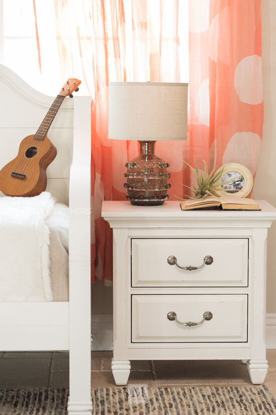 Traditional Youth Nightstand with LED Light in White