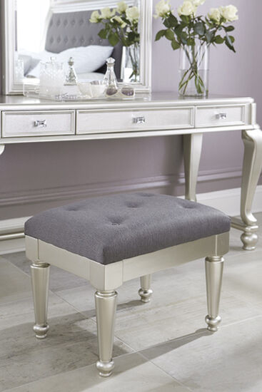 Bedroom Benches Storage Benches Mathis Brothers
