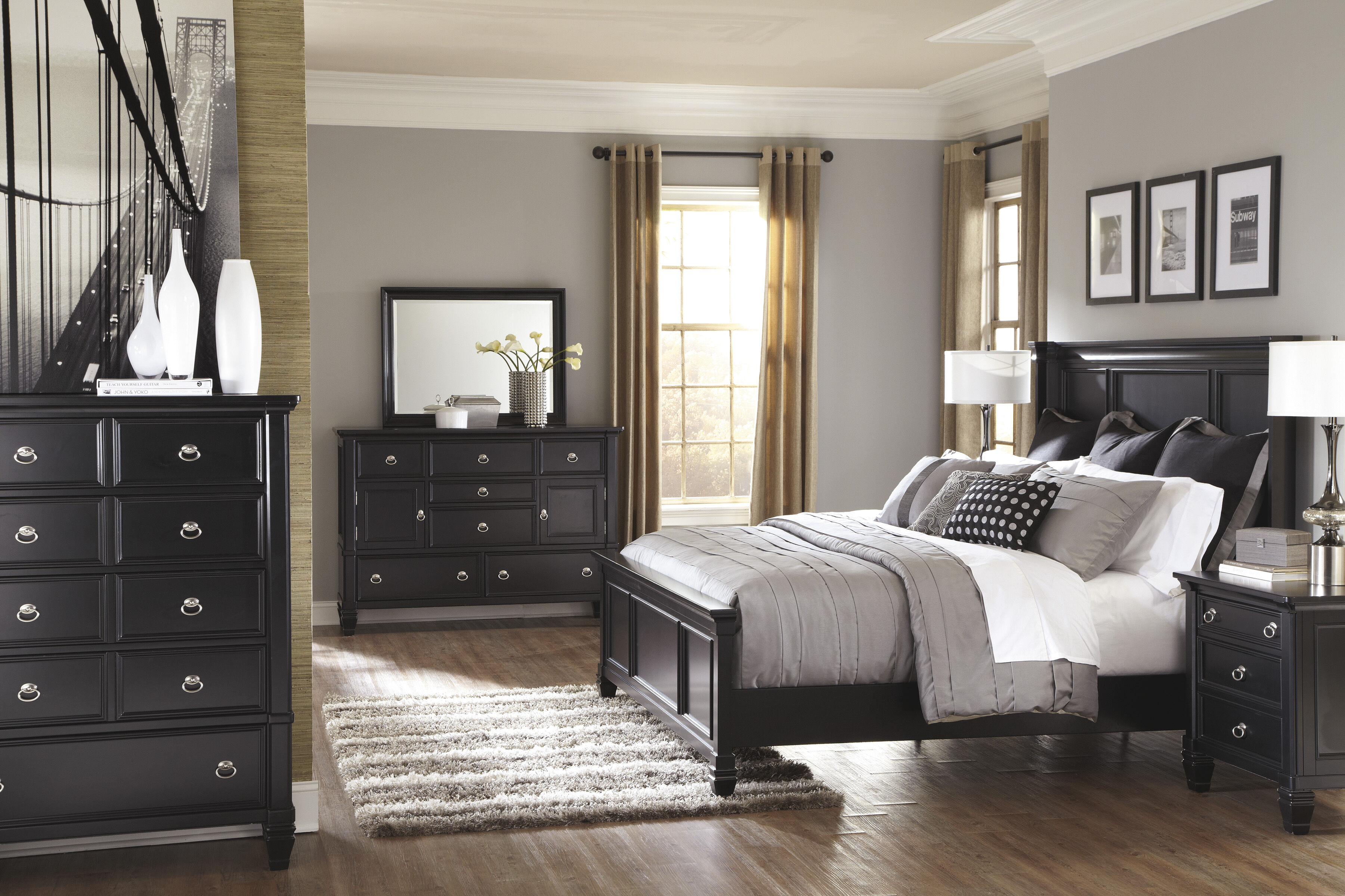 Exceptionnel Four Piece Casual Storage Bedroom Set In Black