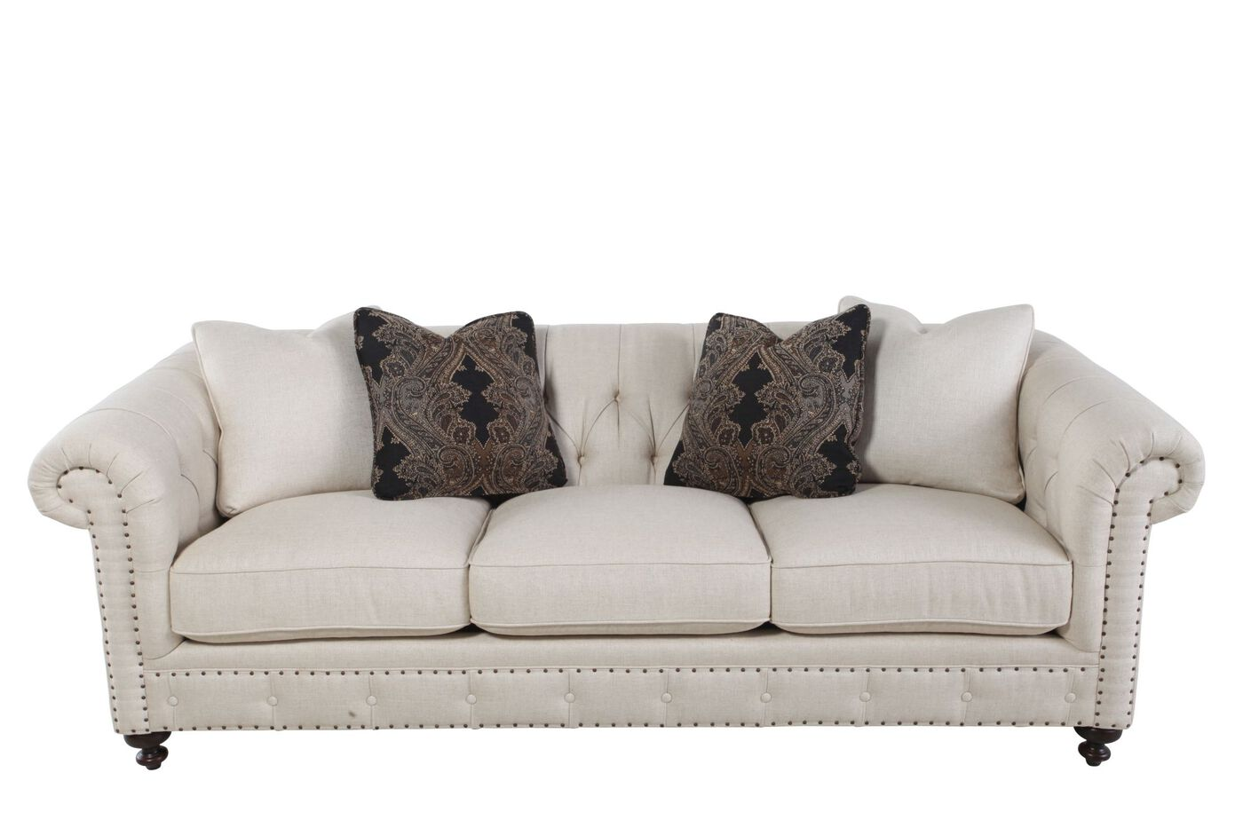 European Classic Button Tufted Sofa In Cream Mathis