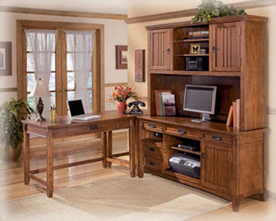 "28"" Casual One-Drawer Corner Table in Medium Brown Oak"