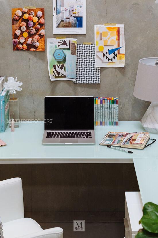 "61"" Contemporary L-Shaped Desk in White"