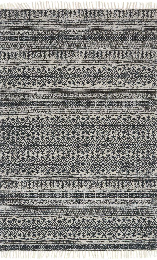 """Transitional 1'-6""""x1'-6"""" Square Rug in Black"""