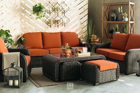Woven Aluminum Loveseat in Orange