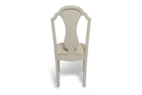 Turned Legs Country Youth Boutique Chair in White