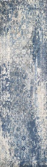 Transitional Power-Loomed 2.6 x 10 Runner Rug in Light Gray