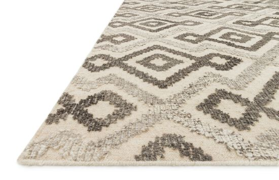 "Transitional 5'-0""x7'-6"" Rug in Ivory/Grey"