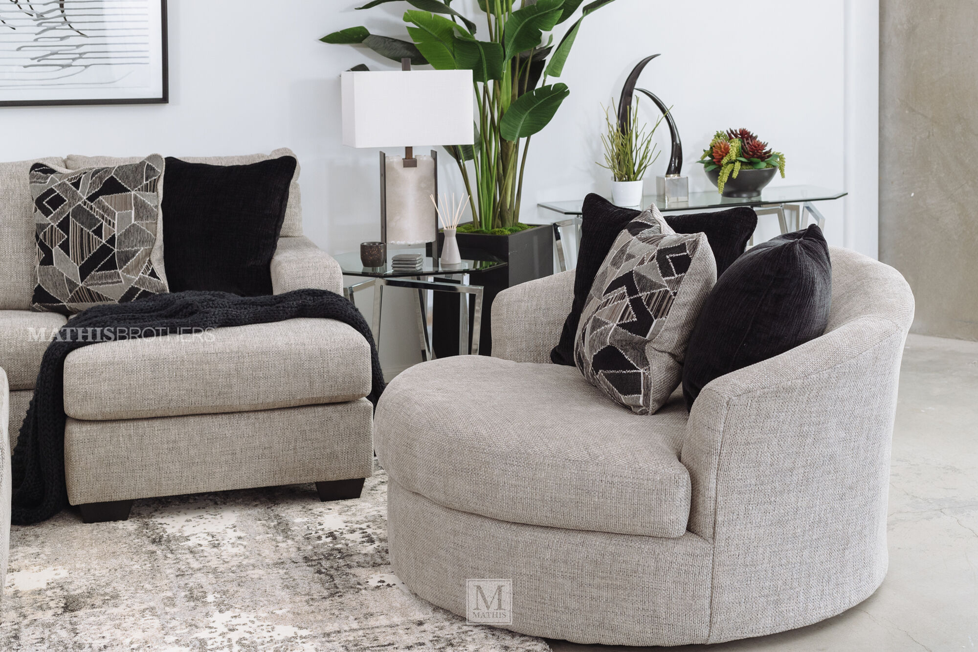 Contemporary 58 Round Swivel Chair In, Round Swivel Chair Living Room