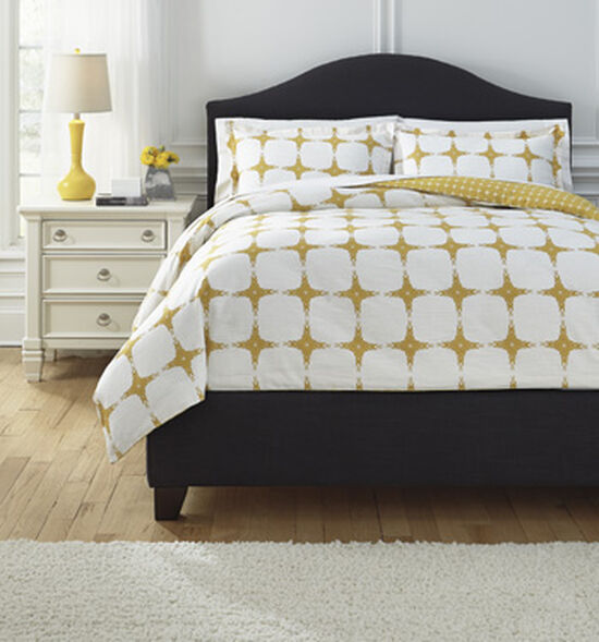 Three-Piece Geometric Reversible Queen Duvet Cover Setin Yellow
