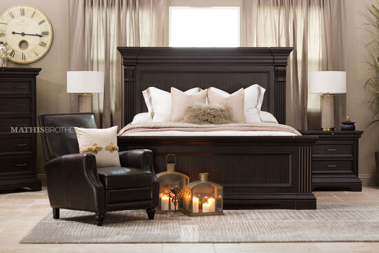 "70"" Traditional Paneled Queen Bed in Black"
