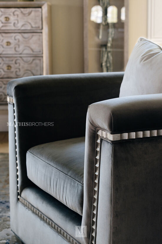 """Scalloped-Trim Glam 37"""" Chair in Gray"""