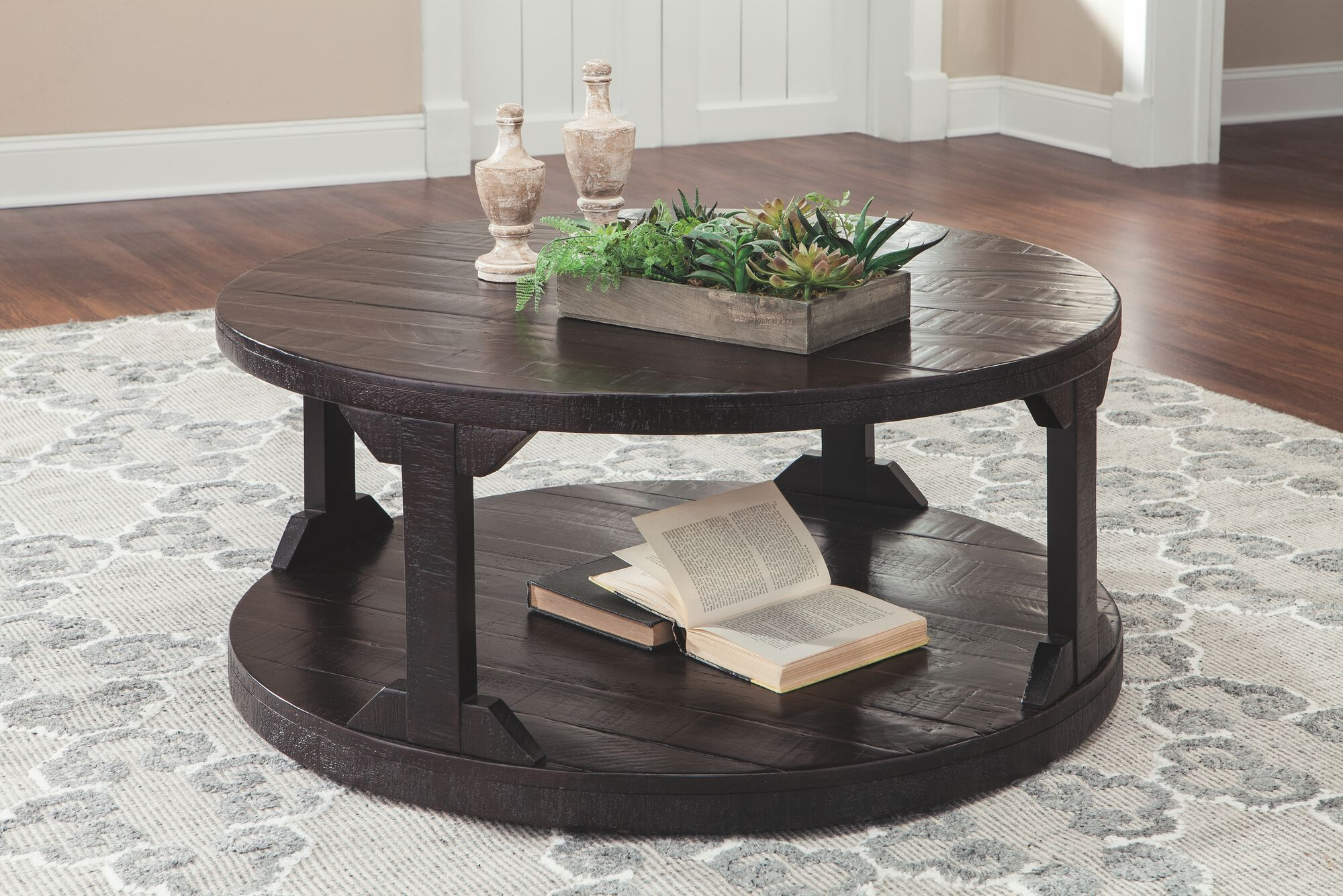 Round Casual Cocktail Table In Rum Mathis Brothers Furniture