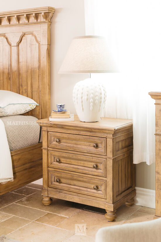 "29.5"" Casual Three-Drawer Nightstand in Wheat"