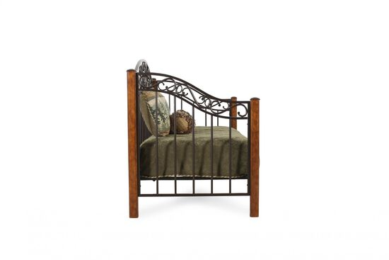 Country Wrought Iron Back Daybed