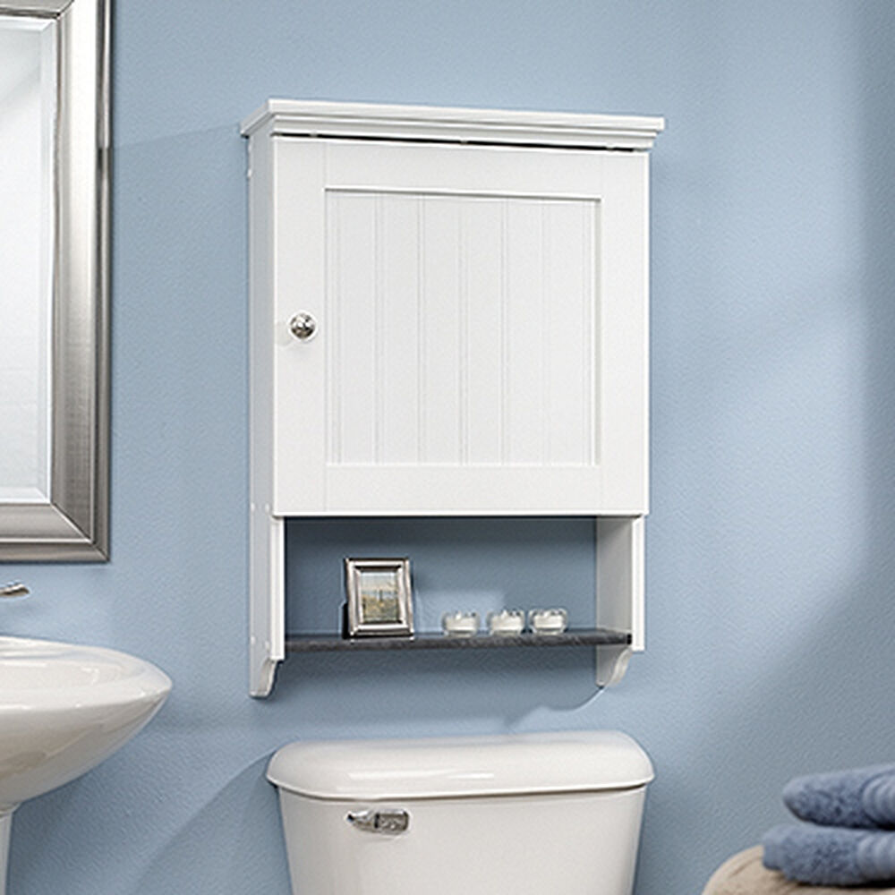 Transitional Reversible Door Planked Wall Cabinet in Soft White