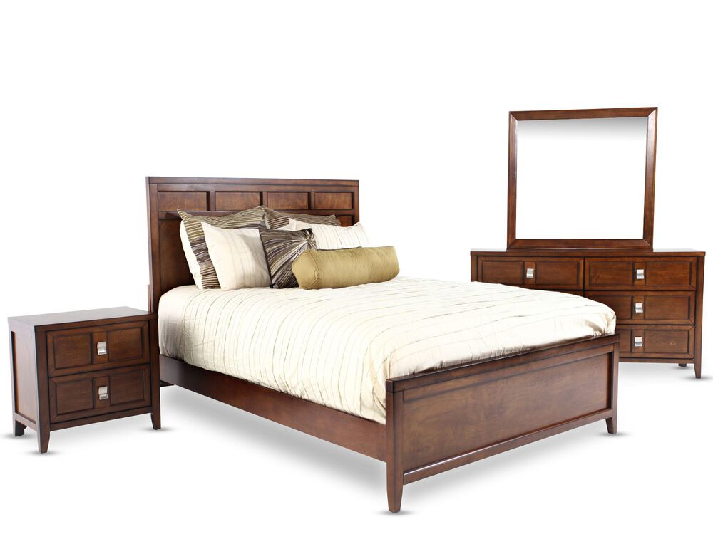 Four-Piece Traditional Bedroom Set in Pecan