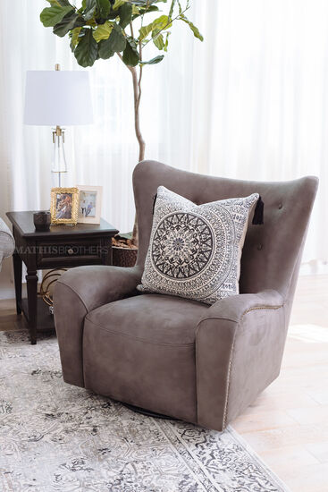 "Contemporary 37"" Swivel Chair in Gray"