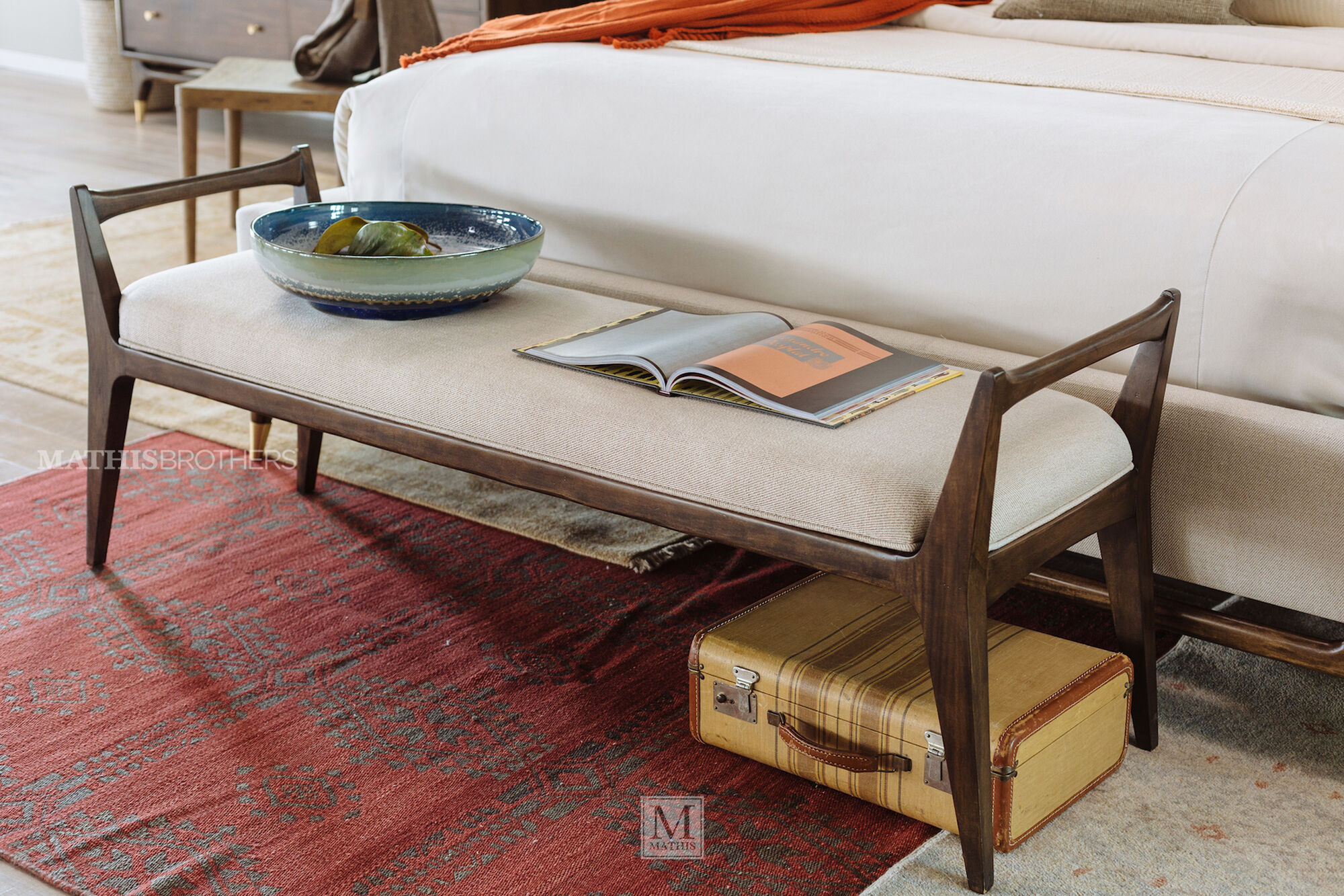 Mid Century Modern 62 Quot Bench In Cream Mathis Brothers