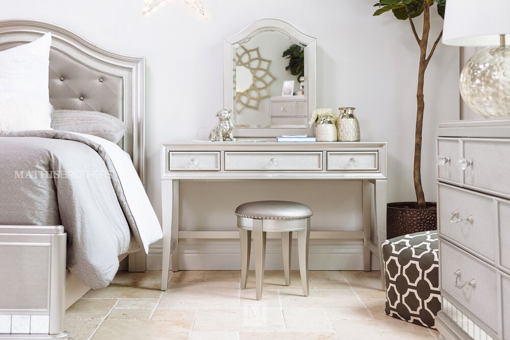 Nailhead-Accented Youth Stool in Gray
