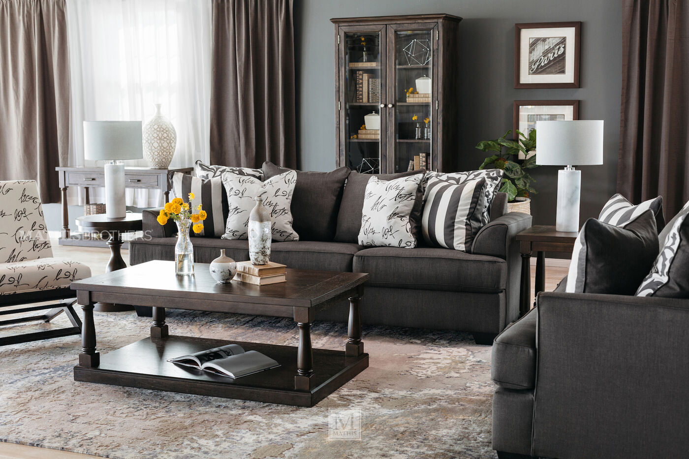 Low Profile Casual 96 Quot Sofa In Charcoal Mathis Brothers