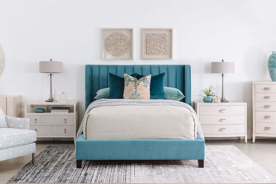 Contemporary Tufted Queen Bed in Teal