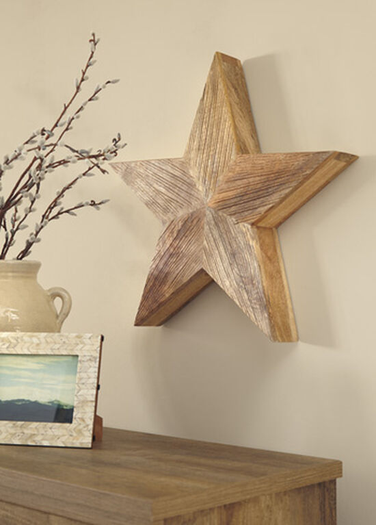 Casual Star Carved Wall Decor in Natural