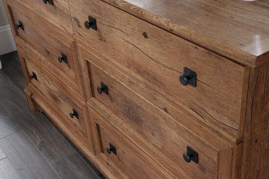 "34"" Casual Six-Drawer Dresser in Vintage Oak"