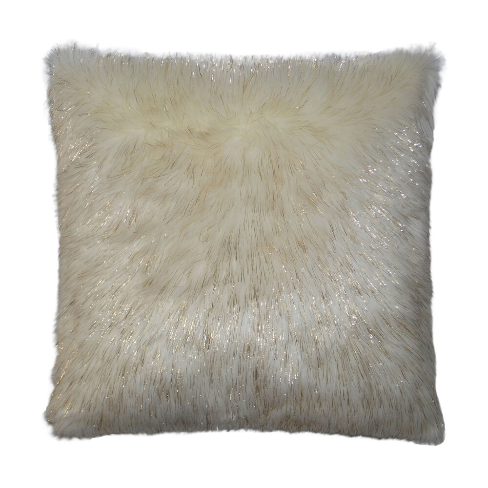 Glamour Pillow in Taupe