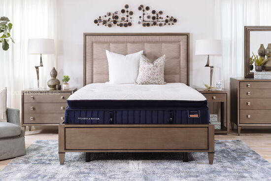 Stearns & Foster Hepburn Luxury Plush Queen Euro Pillowtop Mattress