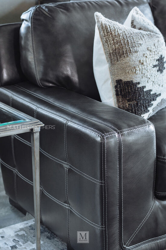 Traditional Leather 69 Quot Loveseat In Pewter Gray Mathis