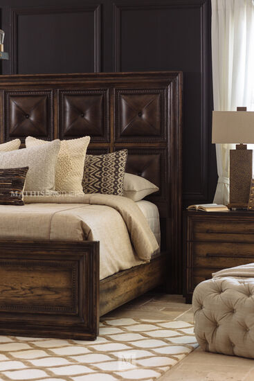 "73"" Casual California King Panel Bed in Dark Wood"