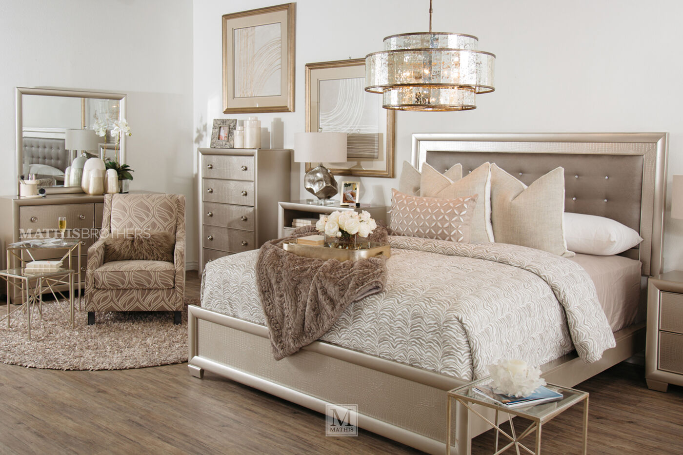 Four piece transitional crocodile textured bedroom set in for 6 bedroom