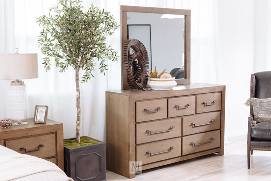Four-Piece Casual Suite in Oak