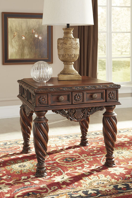Leaf Carved Traditional End Table in Dark Brown