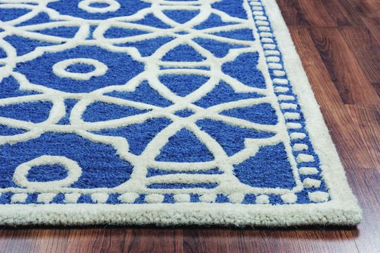 Transitional Hand-Tufted 5'  x  8' Rectangle Rug in Blue